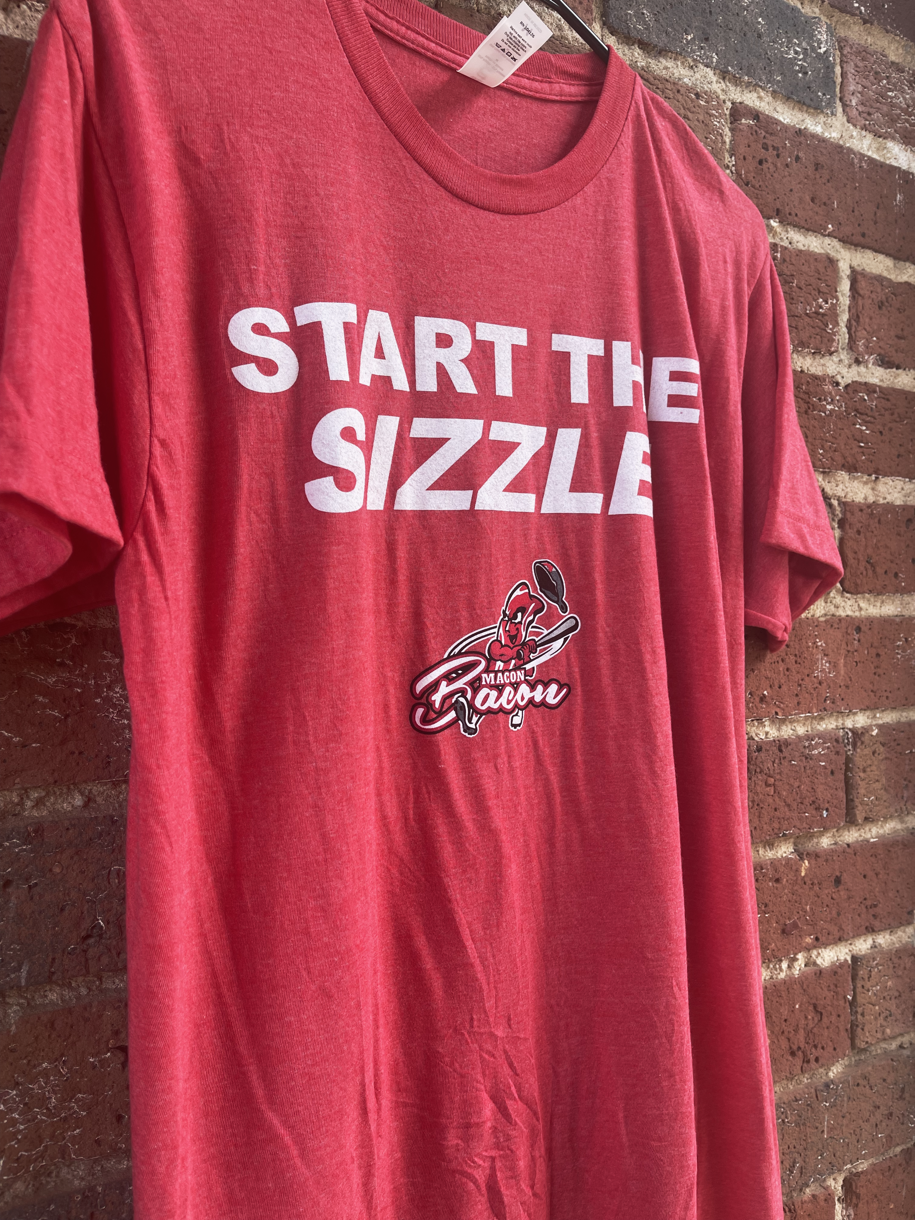 Start the Sizzle t-shirt in red